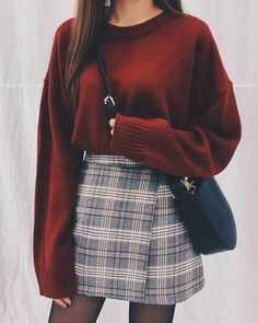 Damen Rock Outfit - Chi yeon - - Damen Rock Outfit - Chi yeon Source by pinthroughcom skirt outfits Rock Outfits, Cute Casual Outfits, Basic Outfits, Winter Fashion Outfits, Look Fashion, Skirt Fashion, Korean Fashion, Fashion Styles, Fashion Ideas