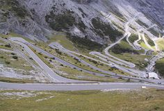Passi alpini: spettacolari itinerari da seguire in auto o in moto - Gallery - Foto - Virgilio Viaggi