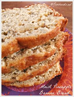 Jam Hands: Moist Pineapple Banana Bread - my note: replace sugar and all-purpose flour with healthier and GF alternative Pineapple Banana Bread Recipe, Moist Banana Bread, Banana Bread Recipes, Pineapple Coconut, Banana Coconut, Banana Nut, Coconut Sugar, Köstliche Desserts, Delicious Desserts