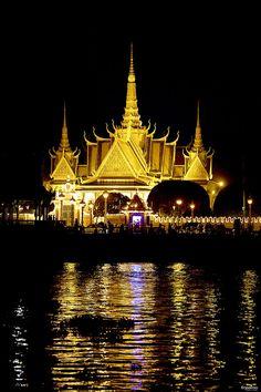 Lights of the Royal Palace in  Phnom Penh at night - Cambodia