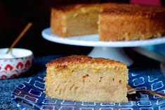 A golden Italian-style orange olive oil cake recipe from Maialino restaurant in New York City. Sweet Recipes, Cake Recipes, Orange Olive Oil Cake, Restaurant New York, Just Desserts, Vanilla Cake, Food Inspiration, Sweet Treats, Cooking Recipes