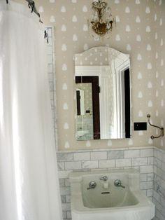 Small bathroom idea - tile, not wallpaper