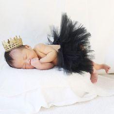 かわいいアイデア満載! 赤ちゃんの「寝相アート」25選