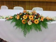Resultado de imagen de centro floral alargado