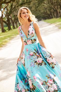 Sherri Hill - 52909 Floral Print Deep V-neck A-line Dress – Couture Candy Floral Print Gowns, Floral Prom Dresses, Printed Gowns, Sherri Hill Prom Dresses, Prom Dress Stores, Designer Prom Dresses, Pretty Dresses, Floral Prints, Moda Floral