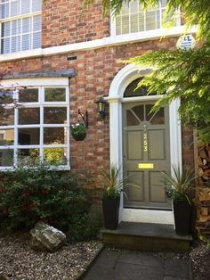 Hurdsfield Road, Macclesfield 3 bed end of terrace house - Claw Foot Bath, Mews House, Bed End, Roll Top Bath, Loft Room, Open Fireplace, Gas Fires, Wet Rooms, Property Search
