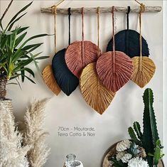 Diy Home Crafts, Creative Crafts, Yarn Crafts, Arts And Crafts, Macrame Wall Hanging Patterns, Macrame Patterns, Henna Patterns, Diy Para A Casa, Creation Deco