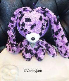 Etsy のPurple leopard-patterned Soppy(ショップ名:Vanityjam)