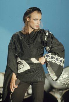 Brian Eno Steve Reich, Glam Rock, Rock Band Photos, Jean Michel Jarre, Roxy Music, Punk Fashion, Lolita Fashion, Fashion Boots, Style Fashion