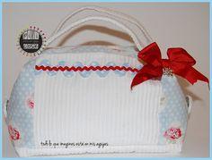 Neceser romantico rosas y blanco Roses and white romantic toilet bag pilicose.blogspot.com.es
