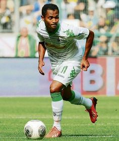 Gladbachs Raffael am Ball