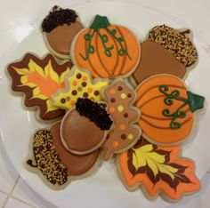 Thanksgiving/Fall Cookies by What The Cookie! Confections.  Acorn cookie. Pumpkin cookie. Leaf cookie