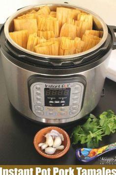 Hot Tamales Recipe, Pork Tamales, Tamale Recipe, Homemade Tamales, Vegan Recipes Easy, Pork Recipes, Mexican Food Recipes, Cooker Recipes, Pork Broth
