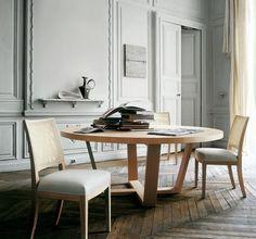 table salle à manger ronde en bois clair par B&B Italia- Xilos Semplice
