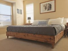 King bed frame: 22 Spacious DIY Platform Bed Plans Suited to Any Cramped Budget - PinsTrends Diy Platform Bed Plans, Raised Platform Bed, King Size Platform Bed, Bed Platform, Bed Frame Design, Bed Design, Bed Frame Plans, Cama King, Ideas