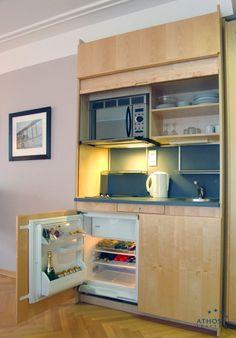 Kitchenette o cocina pequeña es un elemento de la casa que permite contar con los equipos necesarios para cocinar sin necesidad de tener una...