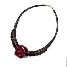 Купить Колье из амаранта и черного агата - подарок девушке, украшения из дерева, деревянные украшения