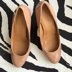 Jcrew nude patent pumps Round tie very versatile, worn once J. Crew Shoes Heels