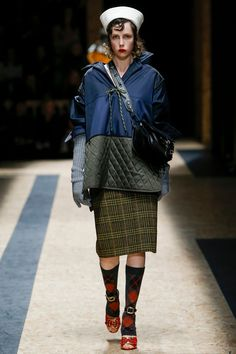 Prada Fashion Runway - Fall 2016/17