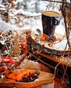 Winter Christmas Scenes, Christmas Scenery, Bohemian Christmas, Christmas Poems, Gold Christmas Tree, Christmas Music, Santa Christmas, Christmas Time, Good Morning Gift