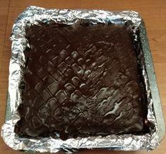 Perník s kokosom ako pierko (fotorecept) - recept | Varecha.sk Deserts, Food, Basket, Essen, Postres, Meals, Dessert, Yemek, Eten