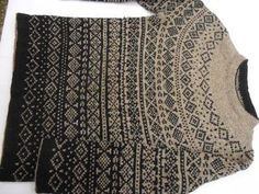 I am unlikely to make this sweater but I love the ombre effect of the changing patterns.