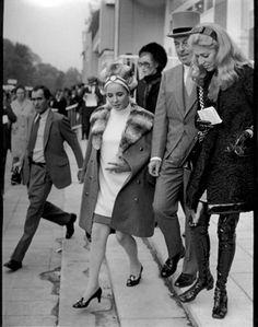 """Elizabeth Taylor, Marie-Helene, and Guy de Rothschild, Prix de l'Arc de Triomphe, Paris, 1968"" © Ron Galella / Staley-Wise Gallery New York"