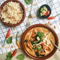 Sweet potato and spinach massaman curry