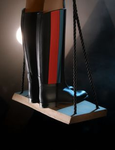 Three-coloured riding boot in black, pimento red and curacao calfskin #Hermes #Shoes #Fashion #HermesShoes