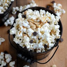 Chocolate peanut popcorn - a simple, whole grain treat with a touch of sweetness and protein!