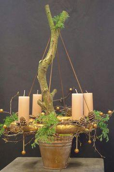 Adventskrans hangend