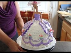 How To Decorate A Barbie Doll/Princess Cake With Icing