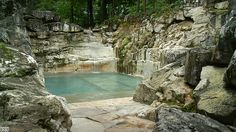 Quarry turned into luxury swimming pool - Album on Imgur