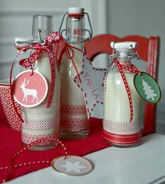 geschenke aus der kueche Schokoladen-Gewürz-Likör - Rezepte - [LIVING AT HOME] mag die flaschen/ verpackung