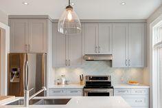 Junction House reno by Downey Design, The Junction, Toronto. Kitchen Interior, Kitchen Decor, Kitchen Appliance Reviews, Toronto, Home Reno, Studio, Modern, Kitchen Cabinets, Design