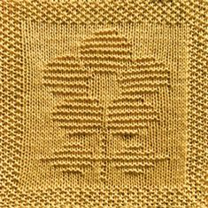 Free knitting pattern for daisy flower washcloth dishcloth afghan square. Lots of other patterns available too - afghan square, washcloths, baby patterns Knitted Squares Pattern, Knitting Squares, Beginner Knitting Patterns, Dishcloth Knitting Patterns, Knit Dishcloth, Free Knitting, Knitting Projects, Crochet Patterns, Baby Patterns