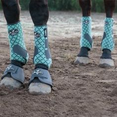 NEW Professional's Choice Mint Lattice VenTech SMB boots!<< I know someone with these and they get dirty really quickly but are GORGEOUS Horse Boots, Horse Gear, Equestrian Boots, Equestrian Outfits, Horse Saddles, Equestrian Style, Horse Halters, Rodeo Outfits, Equestrian Fashion