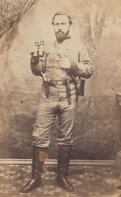 "chubachus: ""Carte de visite portrait of Confederate Signal Corps soldier James B. MacLellan who served on the blockade runner CSS Wren during the Civil War. American Revolutionary War, American Civil War, Civil War Books, Civil War Photos, Military Art, Civilization, Old West, World War I, Historical Photos"