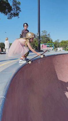 Cute Gif, Funny Cute, Really Funny, Funny Babies, Funny Kids, Cute Babies, Skateboard Girl, Penny Skateboard, Look Skater
