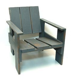 Wooden so called Crate-chair original painted model design Gerrit Rietveld 1934 with burning-stamp G.A.van de Groenekan the Netherlands ca.1970