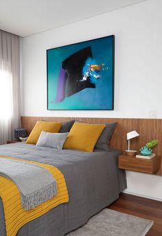 Small Apartment Bedrooms, Home Bedroom, Bedroom Decor, Bed Headboard Design, Headboards For Beds, Yellow Home Decor, Diy Home Decor, Casa Gaudi, Master Bedroom Makeover