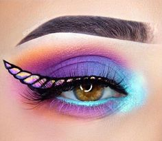 41 Unicorn Halloween Makeup Ideas Perfect for 2018 – Glamour Loading. 41 Unicorn Halloween Makeup Ideas Perfect for 2018 – Glamour Eye Makeup Art, Cute Makeup, Gorgeous Makeup, Awesome Makeup, Perfect Makeup, Easy Makeup, Eye Shadow Makeup, Makeup Eyeshadow, Diy Makeup Looks