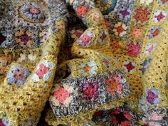Inspiration :: Multi-strand beauty, by clothogancho   #crochet #afghan   #blanket