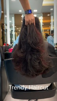 Haircuts Straight Hair, Haircuts For Medium Hair, Long Hair Cuts, Medium Hair Styles, Long Hair Styles, Hair Tips Video, Hair Videos, Hair Streaks, Hair Highlights