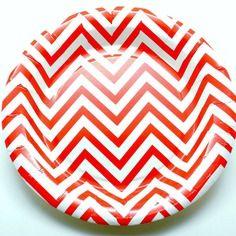 Lot de 12 assiettes papier chevrons rouges et blancs diam. 18 cm