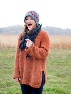 Skappel Knitwear, Winter Hats, Turtle Neck, Pullover, Knitting, Crochet, Hair Styles, Sweaters, Crafts