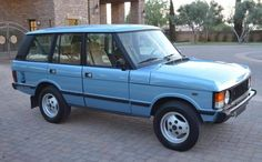 Never This Nice: 1983 Range Rover Best Barns, Range Rover Classic, Range Rovers, Barn Finds, Manual Transmission, Brittany, Jaguar, Tractor, Wonders Of The World