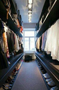 A Fabulous closet..........