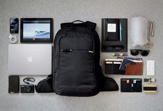 Essentials: lincoln eather mankind accesorios para hombre, m Travel Backpack, Backpack Bags, Travel Bags, Black Backpack, What In My Bag, What's In Your Bag, Mochila Edc, Tokyo Drift, Only Shirt