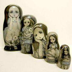Alice matryoshka Russian nesting dolls www.matrioskas.es